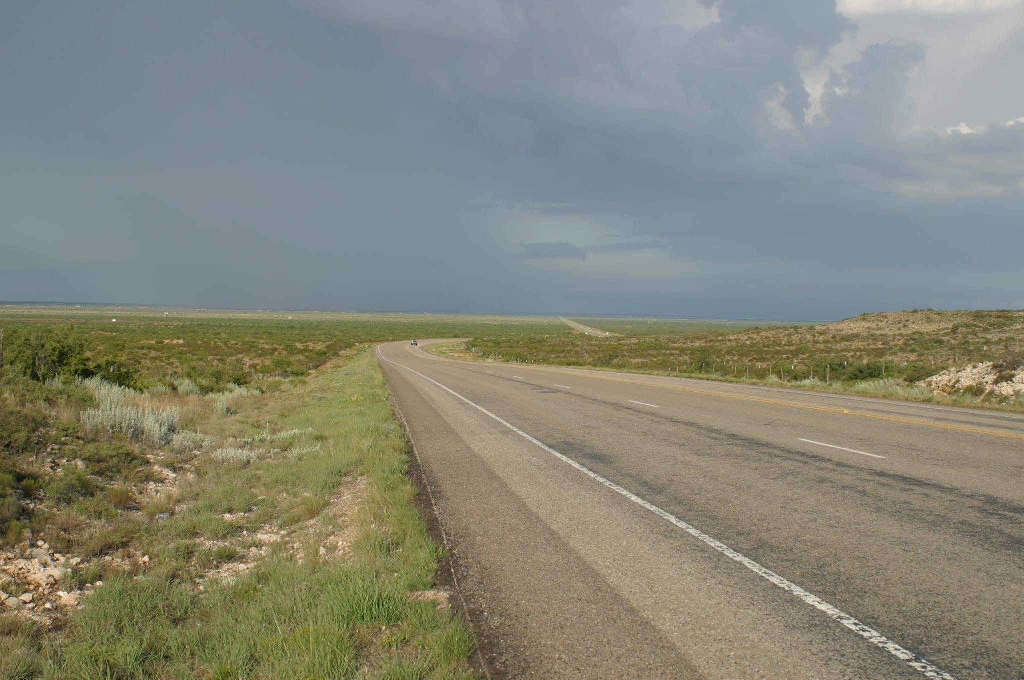 rural-texas-highway